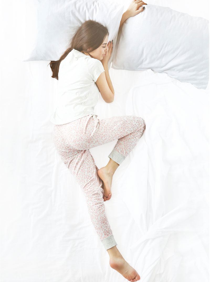 What is the Healthiest Sleeping Position? - The Wool Room