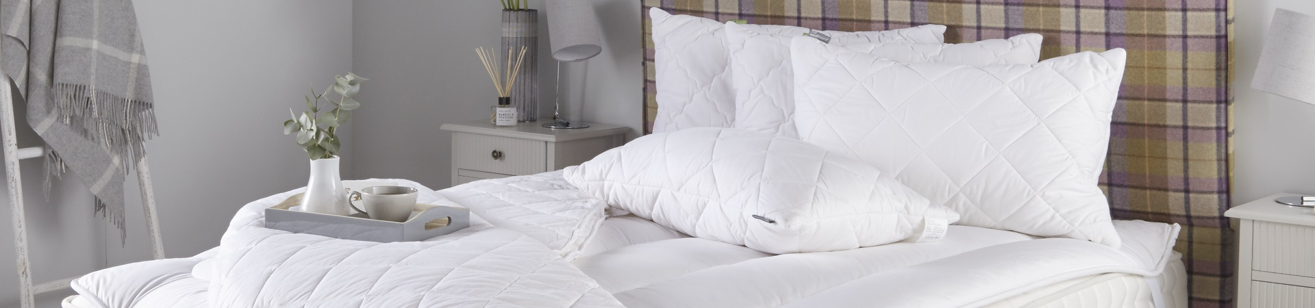 http://www.thewoolroom.com/images/categories/bedding-set-category-image.jpg