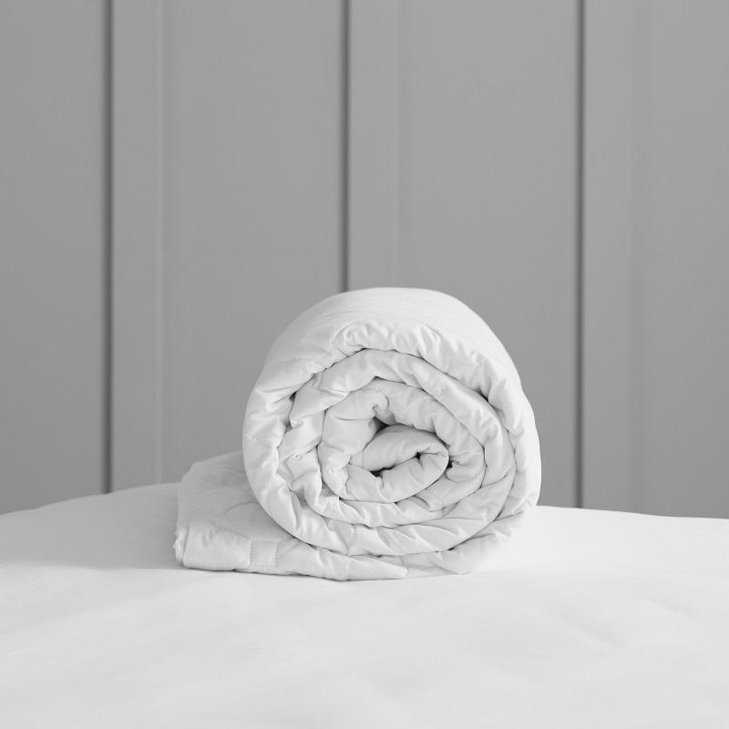 EU Size Deluxe Wool Duvet - Light