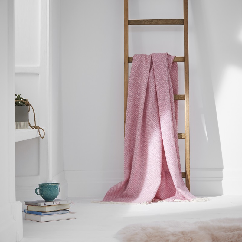 Herringbone Wool Throw - Pink