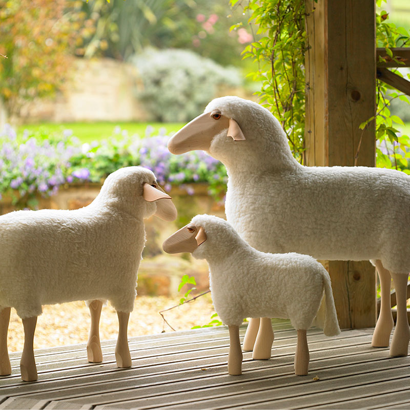 Sheep stool, wooden legs