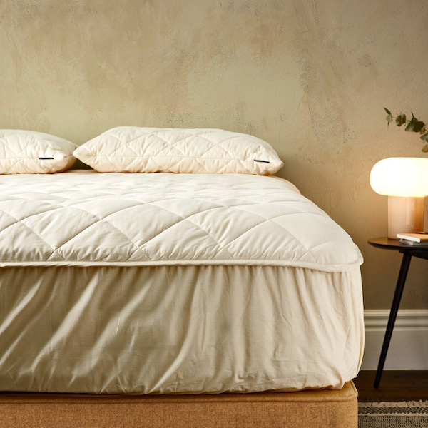 Deluxe Washable Extra-Deep Wool Mattress Protector