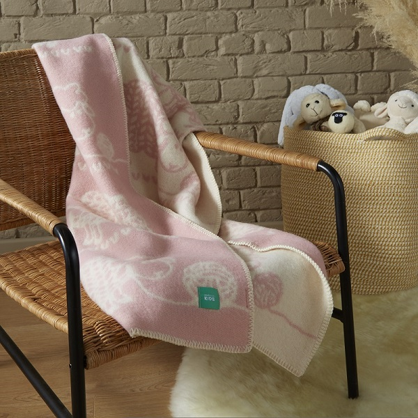 Woolroom Kids Knitted Sheep Blanket - Pink Large