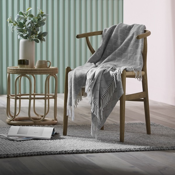 Woolroom Coastal Merino Throw - Nebo