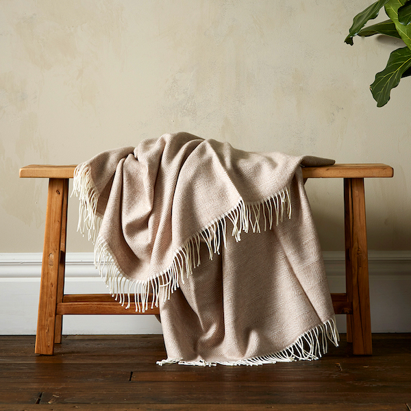 Woolroom Diamond Twill Throw - Beige