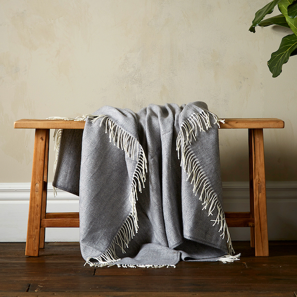 Woolroom Diamond Twill Throw - Grey