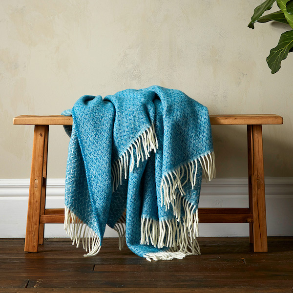 Woolroom Vilma Throw - Teal