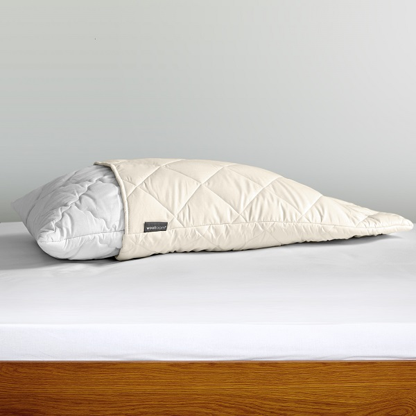 Deluxe Washable Pillow Protector