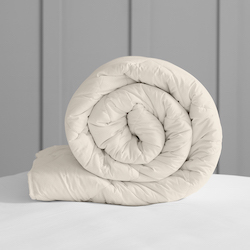 EU Size Deluxe Washable Wool Duvet - Medium