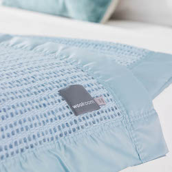 Ribblesdale Cellular Wool Bed Blanket - Powder Blue