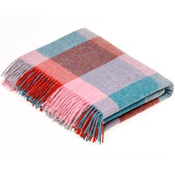 Rome Wool Throw - Flamingo/Aqua