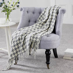 Houndstooth Grey Lambswool Throw
