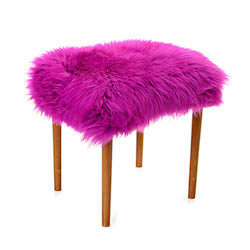 Swyn Baa Beauty Stool - Cerise