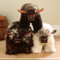 Sheepskin Bull Stool Natural